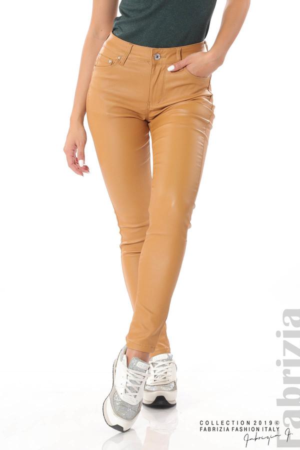 Дамски панталон от еко кожа горчица 2 fabrizia