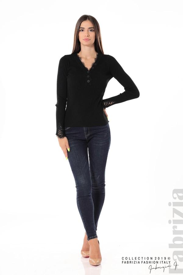 Блуза с дантела на ръкавите черен 2 fabrizia