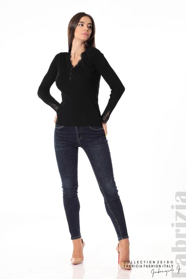 Блуза с дантела на ръкавите черен 3 fabrizia