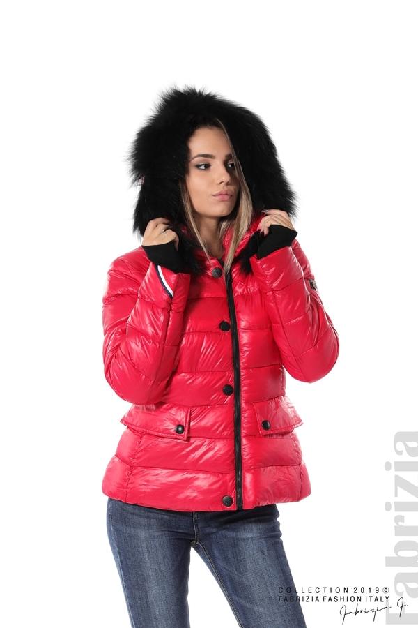 Късо зимно яке с качулка естествен косъм червен 1 fabrizia