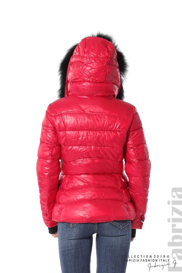 Късо зимно яке с качулка естествен косъм червен 5 fabrizia