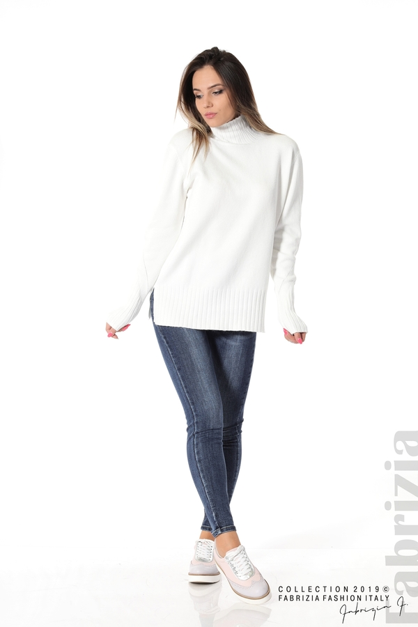 Блуза със свободен силует бял 3 fabrizia