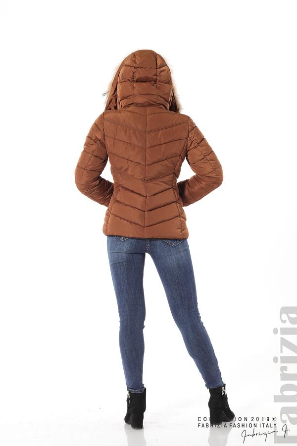 Дамско яке с качулка с естествен пух-кафяв-5-Fabrizia