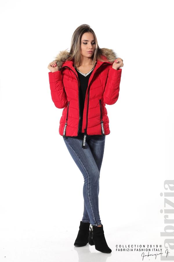Дамско яке с качулка с естествен пух-червен-3-Fabrizia
