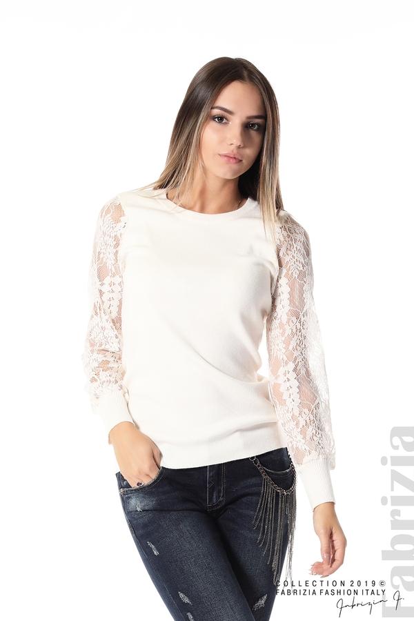 Дамска блуза с дантелени ръкави бежов 1 fabrizia