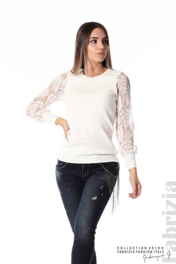 Дамска блуза с дантелени ръкави бежов 3 fabrizia