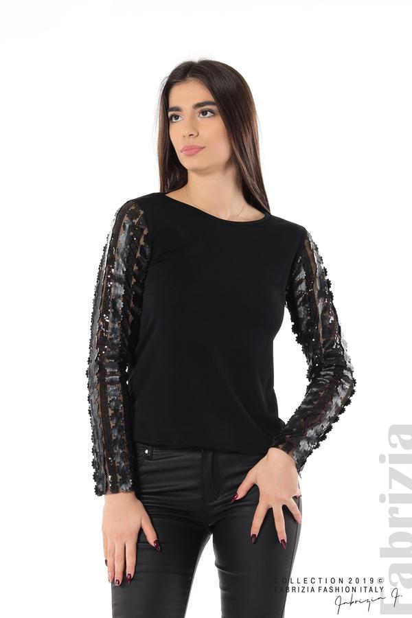 Блуза с пайети и кожени цветя черен 1 fabrizia