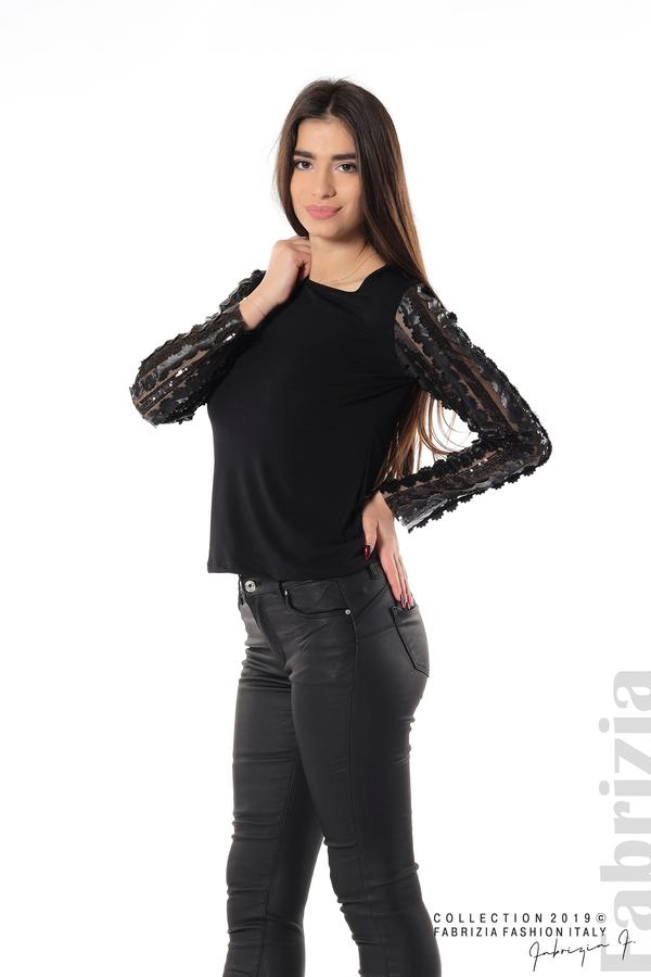 Блуза с пайети и кожени цветя черен 4 fabrizia