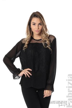 Ефирна блуза с дантела