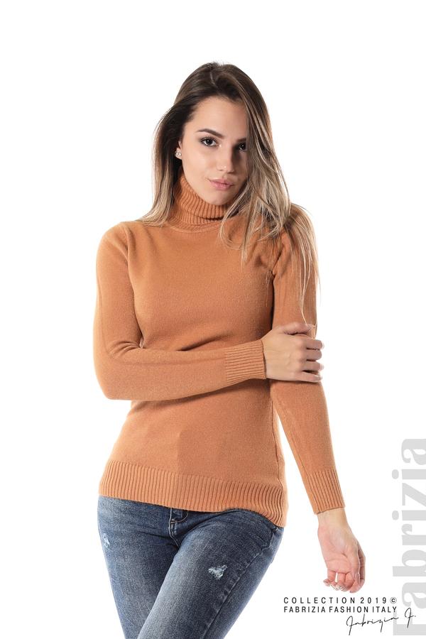 Блуза с висока поло яка св.кафяв 1 fabrizia