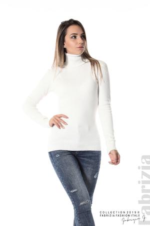 Блуза с висока поло яка