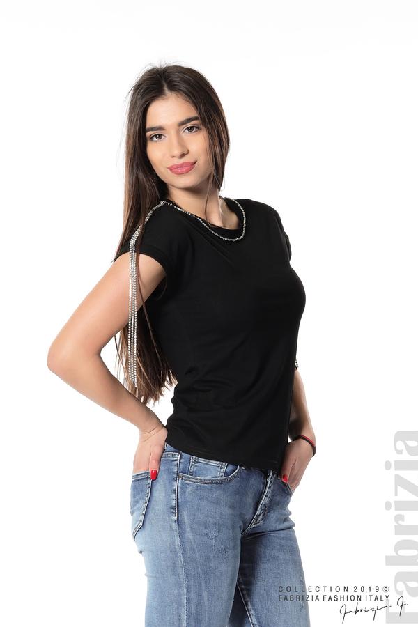Блуза с ресни от камъчета на ръкава черен 1 fabrizia