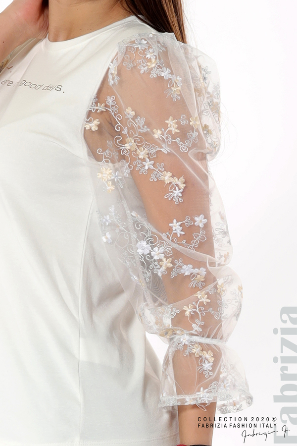 Блуза със златист надпис и тюлени ръкави бял 3 fabrizia