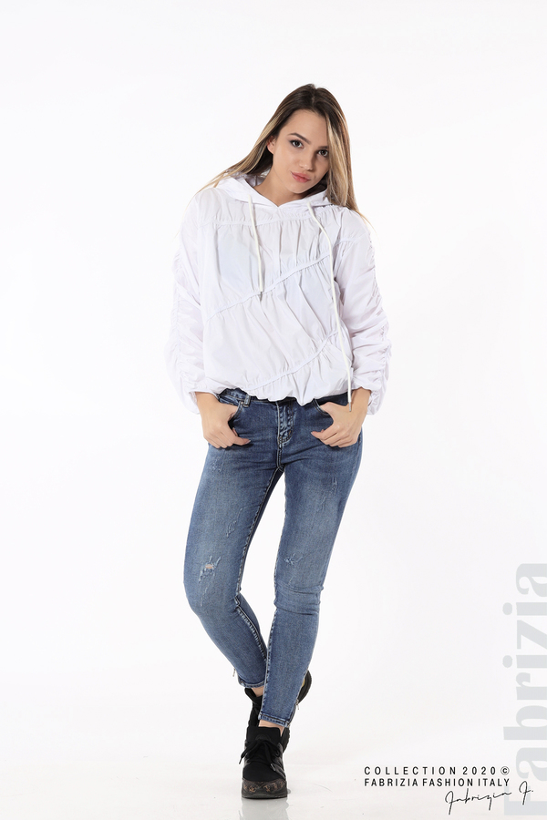 Ефектна дамска блуза с качулка бял 3 fabrizia