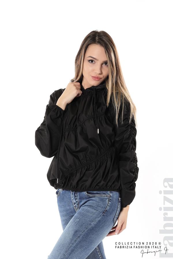 Ефектна дамска блуза с качулка черен 1 fabrizia