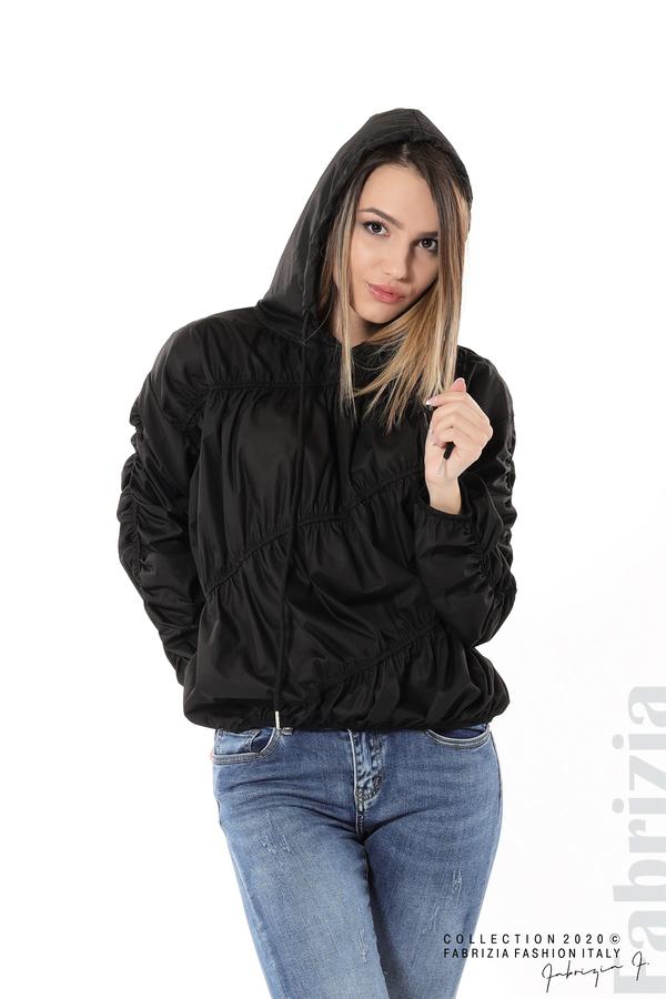 Ефектна дамска блуза с качулка черен 2 fabrizia