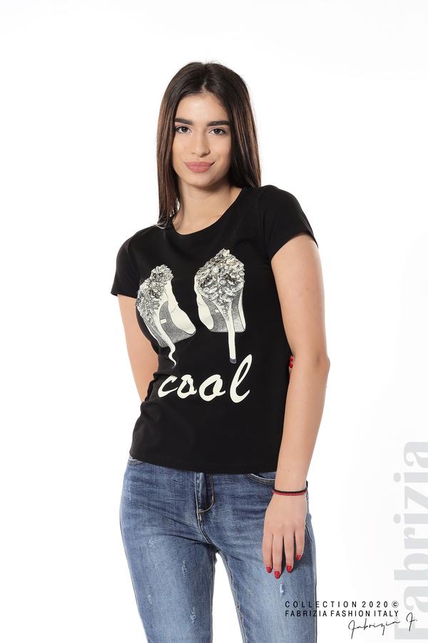 Блуза с надпис Cool и декорация с капси и камъни черен 1 fabrizia