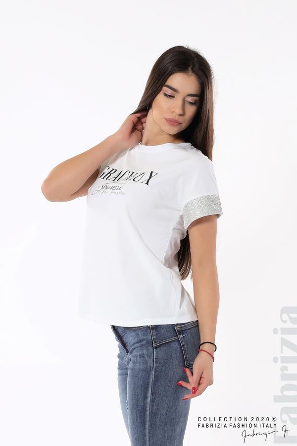 Блуза с надпис и камъни на ръкавите бял 2 fabrizia