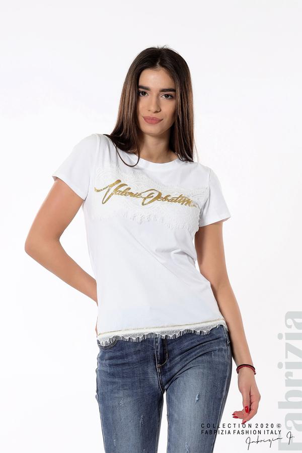 Блуза със златист надпис и дантела бял 1 fabrizia