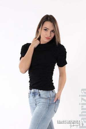 Блуза с ефектни набори