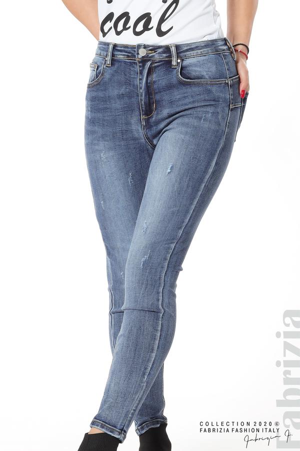 Дамски дънки с леко захабен ефект 3 fabrizia