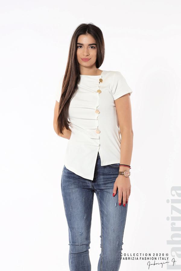 Асиметрична блуза с копчета бял 3 fabrizia