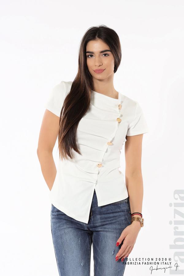 Асиметрична блуза с копчета бял 1 fabrizia