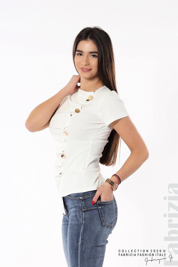 Асиметрична блуза с копчета бял 2 fabrizia