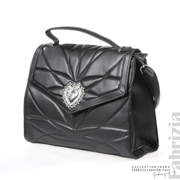 Чанта със сребристо сърце на капака черен 1 fabrizia