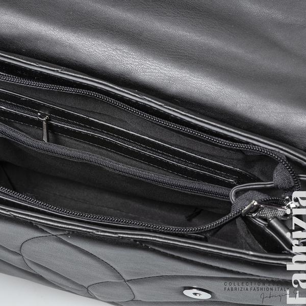 Чанта със сребристо сърце на капака черен 4 fabrizia