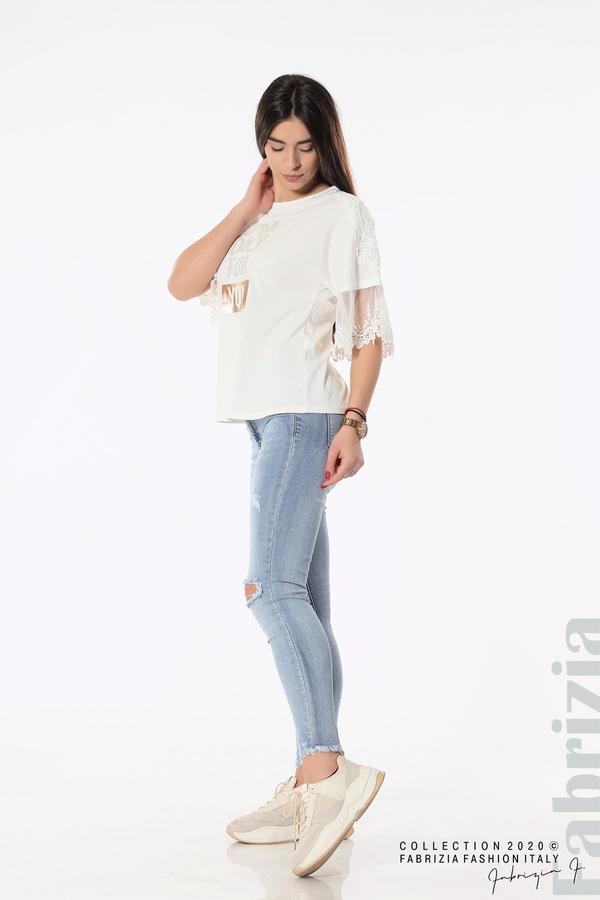 Блуза с надпис и дантела бял 5 fabrizia