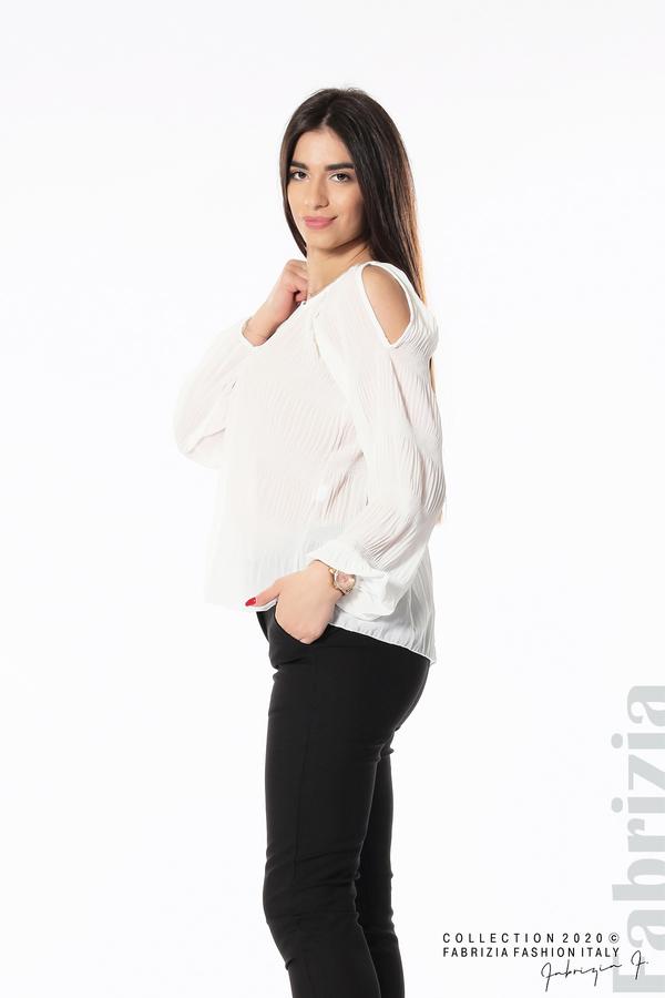 Блуза с прорези на раменете бял 4 fabrizia