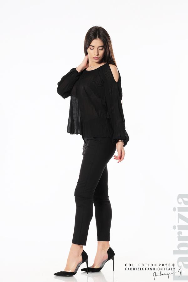 Блуза с прорези на раменете черен 3 fabrizia