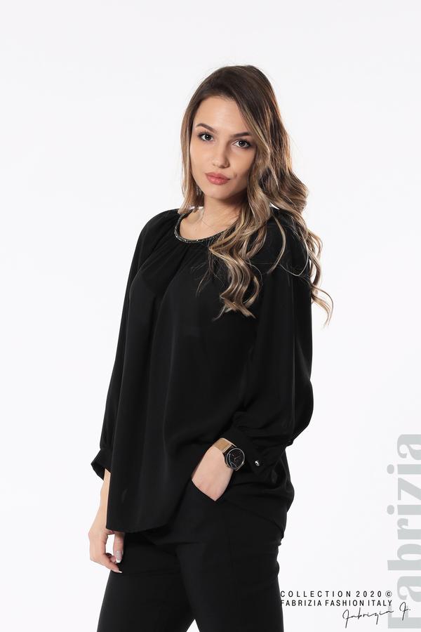 Блуза с акцент на деколтето пепел от черен 1 fabrizia