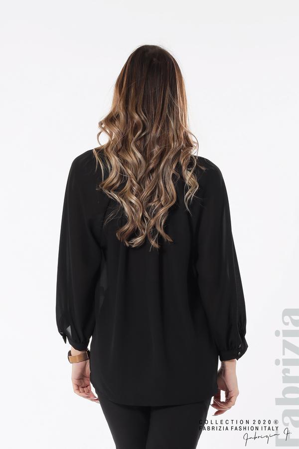 Блуза с акцент на деколтето пепел от черен 5 fabrizia