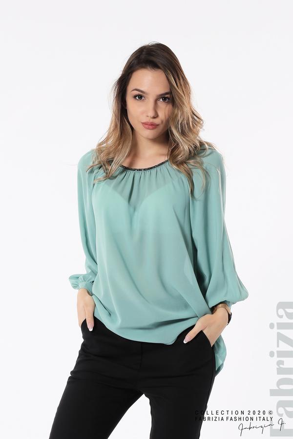 Блуза с акцент на деколтето пепел от бл.зелен 2 fabrizia