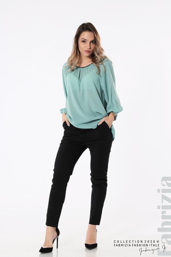 Блуза с акцент на деколтето пепел от бл.зелен 3 fabrizia