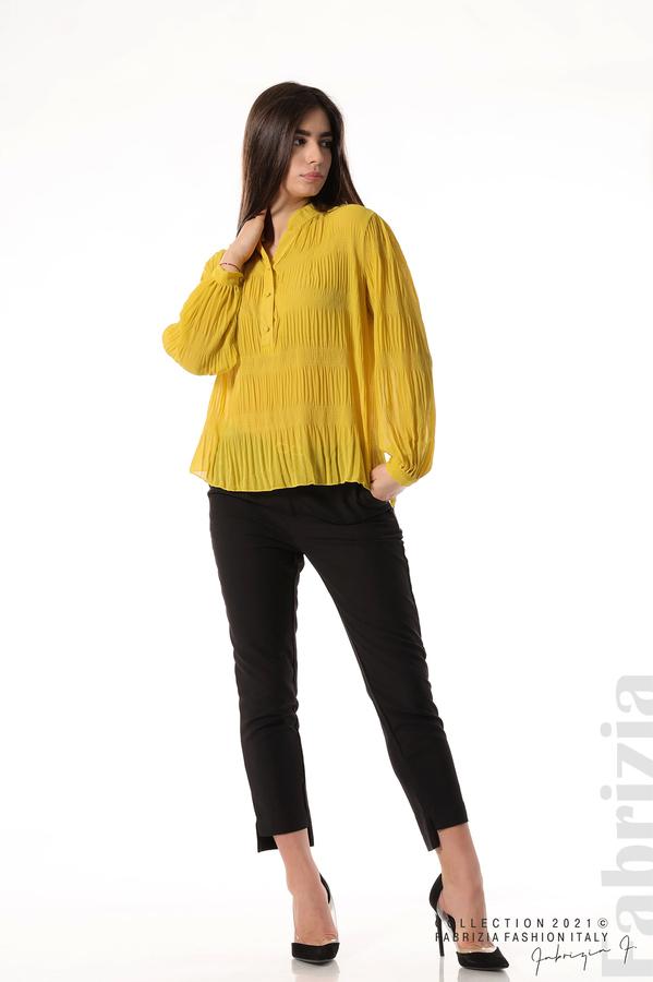 Ефирна блуза със свободен силует жълт 1 fabrizia