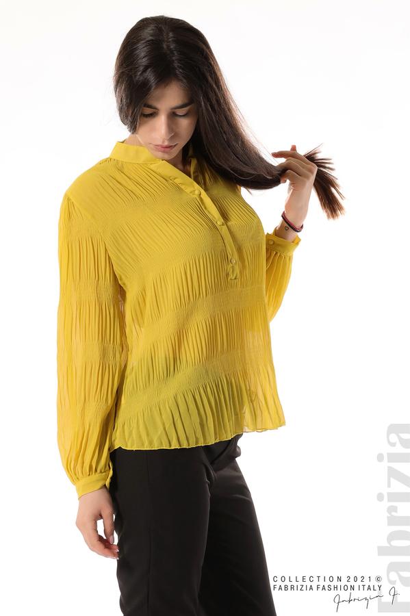 Ефирна блуза със свободен силует жълт 3 fabrizia