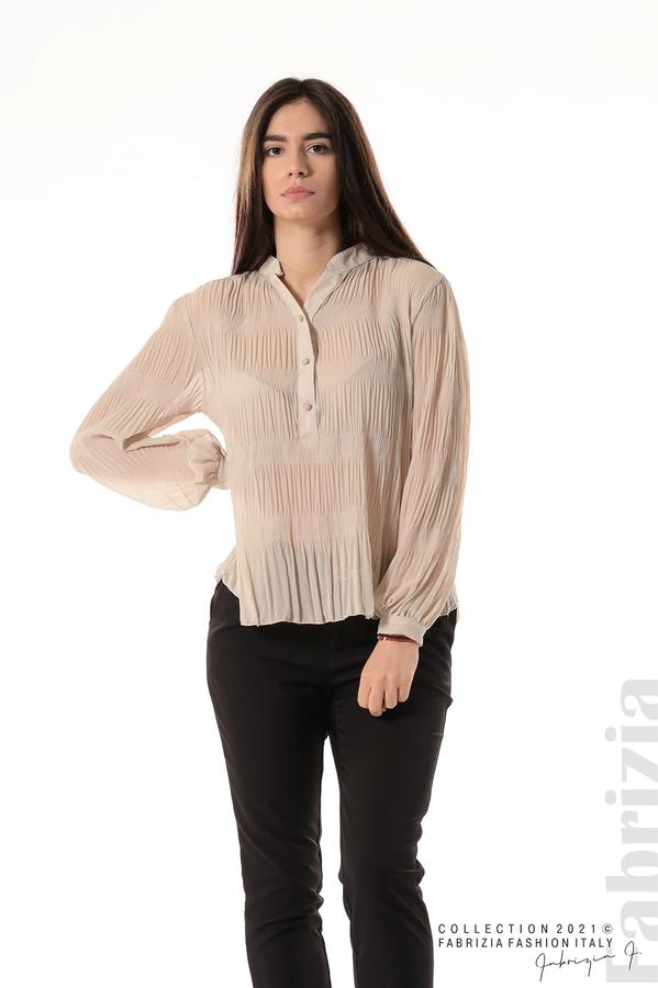 Ефирна блуза със свободен силует бежов 2 fabrizia