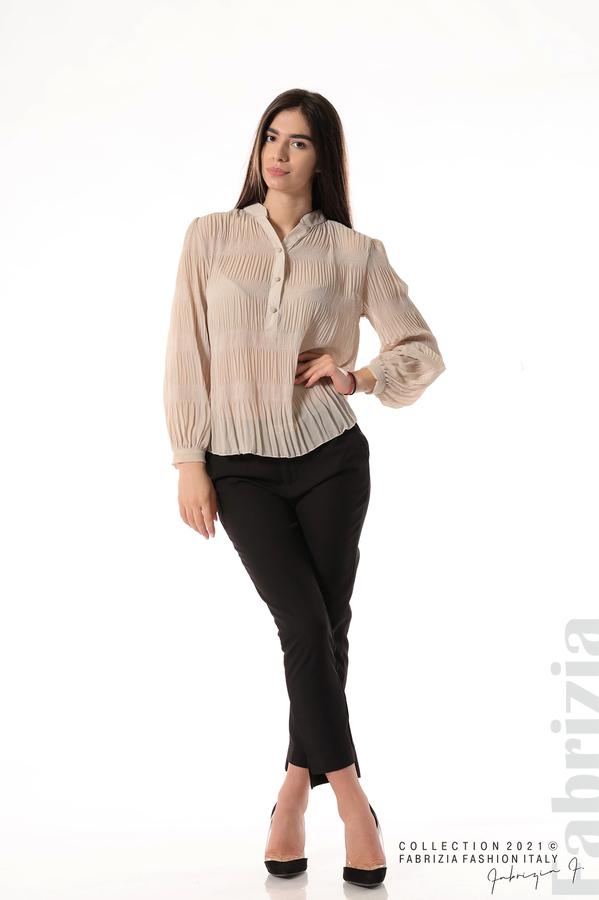 Ефирна блуза със свободен силует бежов 4 fabrizia