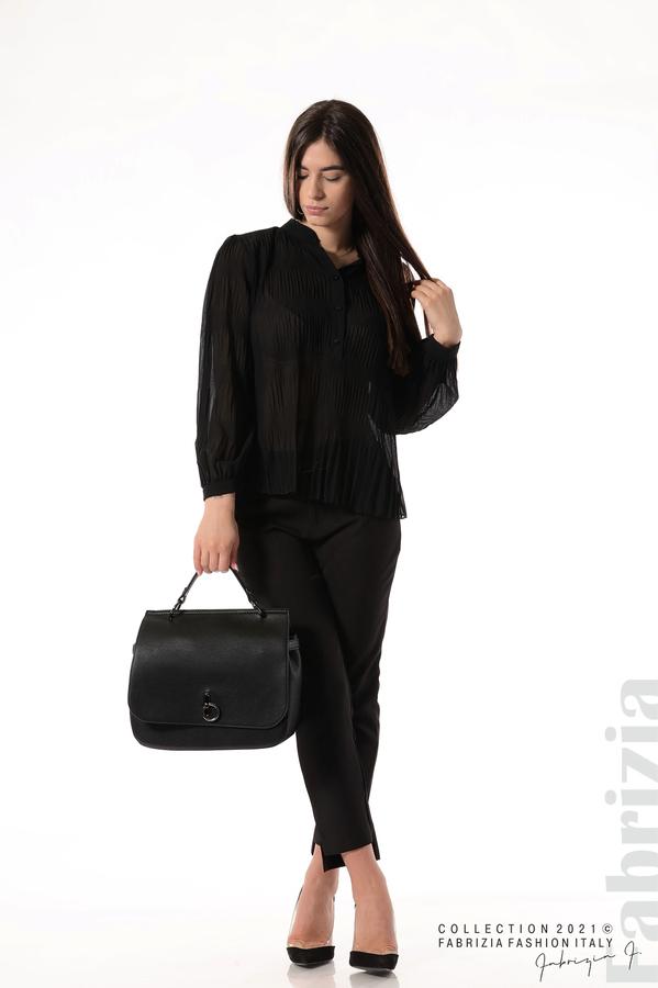 Ефирна блуза със свободен силует черен 3 fabrizia