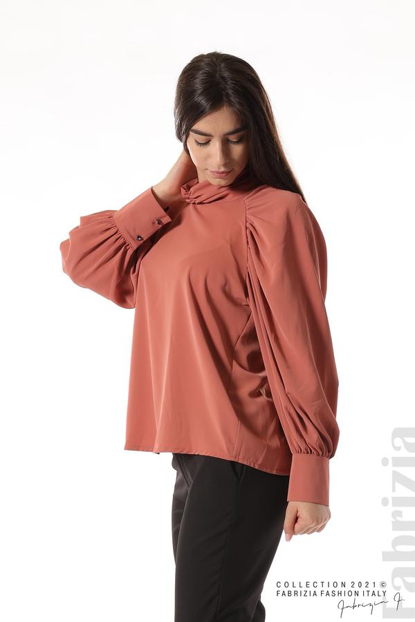 Елегантна блуза с висока яка и широки ръкави корал 4 fabrizia