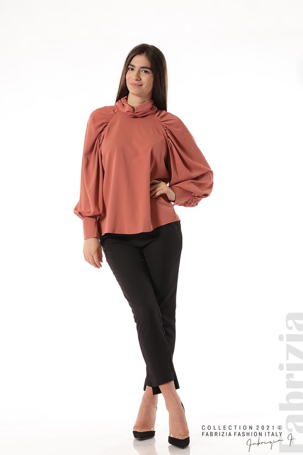 Елегантна блуза с висока яка и широки ръкави корал 3 fabrizia