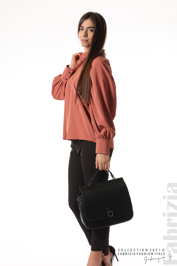 Елегантна блуза с висока яка и широки ръкави корал 5 fabrizia