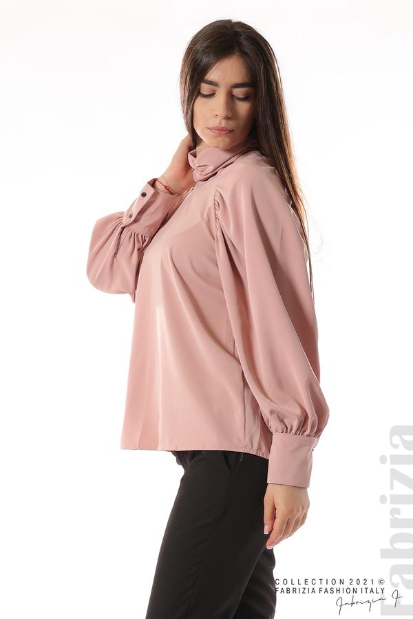 Елегантна блуза с висока яка и широки ръкави пепел от рози 3 fabrizia