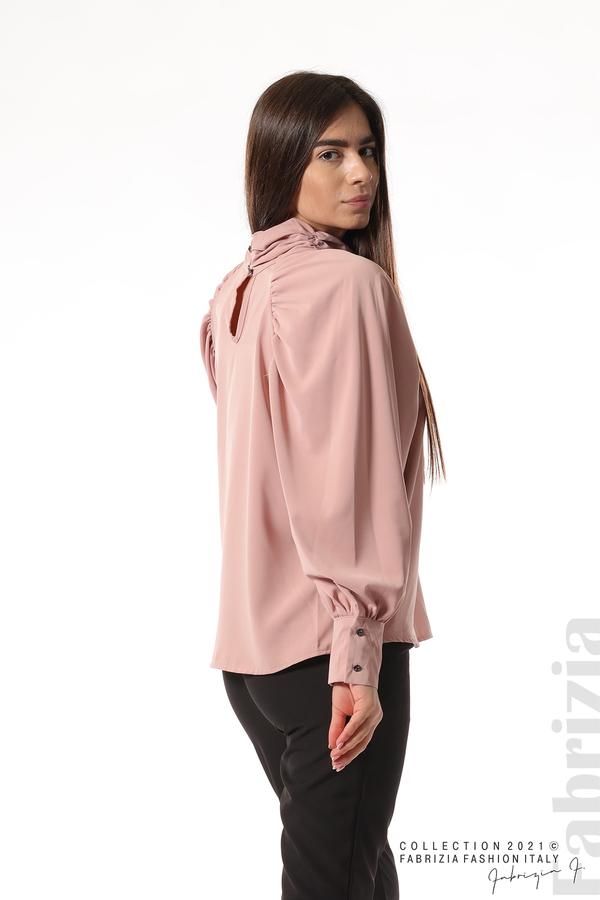 Елегантна блуза с висока яка и широки ръкави пепел от рози 5 fabrizia