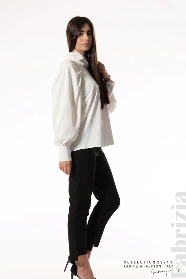 Елегантна блуза с висока яка и широки ръкави бял 2 fabrizia