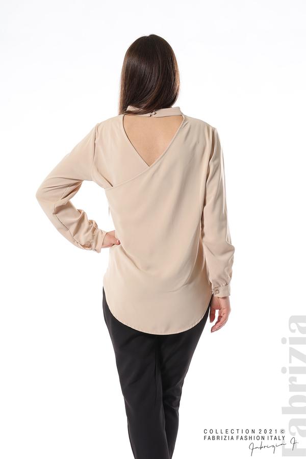 Елегантна блуза с ефектен гръб бежов 6 fabrizia