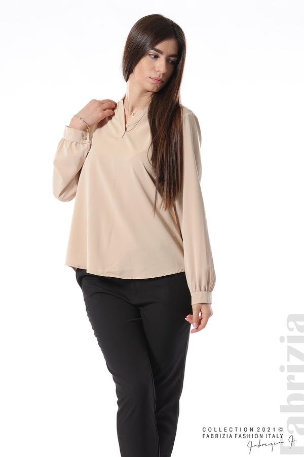 Елегантна блуза с ефектен гръб бежов 4 fabrizia